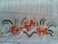 L Embroidery Needles, Hand Embroidery Stitches, Ribbon Embroidery, Cross Stitch Embroidery, Hand Embroidery Projects, Hand Embroidery Designs, Embroidery Patterns, Cross Stitch Borders, Cross Stitch Flowers