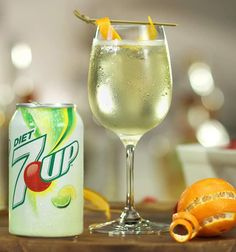 Mix up the White Wine Spritzer, made with 7UP®, today. Mix freely, drink responsibly.