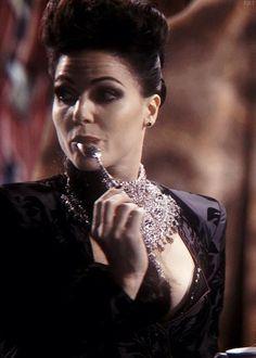 #lanaparrilla #reginamills #queen #ouat #beautiful #spoon