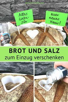 Einweihungsgeschenk Brot und Salz