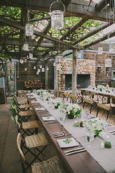 La Tavola Fine Linen Rental: Tuscany Natural Table Runner with Nuovo White Napkins | Photography: Fondly Forever Photography, Event Planning: Posh+Folk, Floral Design: Plan Decor, Venue: The Restaurant at Ventana