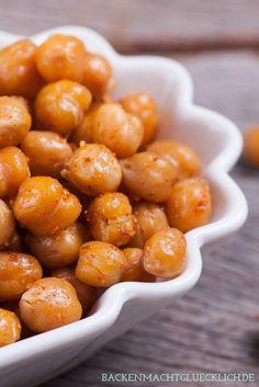 Rezept für geröstete Kichererbsen – der perfekte Snack | http://www.backenmachtgluecklich.de