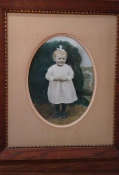 My mum, Frouwe Tea, painted  in aquarel-technics in 1924