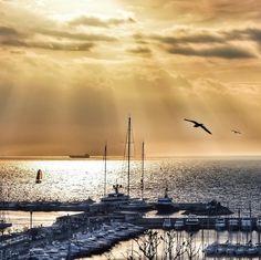 Sunset in Kalamis & Fenerbahce Marina ~~ Kadikoy,Istanbul // photography by @fikretsezer • Instagram photo