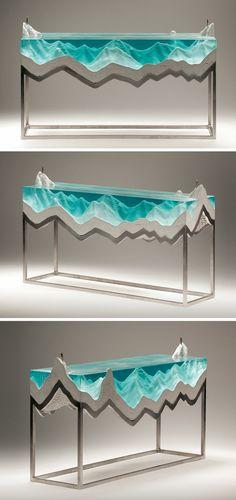 sculpture en verre et en béton de Ben Young La plage de l'océan