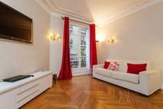 Trocadero | 2-bedroom furnished apartment