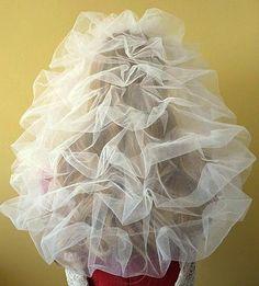 The Eloise bespoke wedding veil, no diamantes, back view