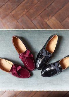 Sézane - Aston Derbies Mode Plus, Lookbook, Parisian Style, Winter Collection, Chanel Ballet Flats, Female Models, Women Models, Loafers Men, Oxford Shoes