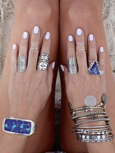 Nails almond purple パープルネイルのアイデア New ideas Boho Jewelry, Jewelry Accessories, Fashion Accessories, Fashion Jewelry, Cheap Jewelry, Silver Jewelry, Crystal Jewelry, Fine Jewelry, Boho Rings