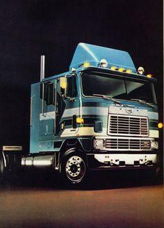 Cool Trucks, Big Trucks, Cool Cars, International Harvester Truck, Truck Paint, Cab Over, Heavy Truck, Semi Trucks, Motorhome
