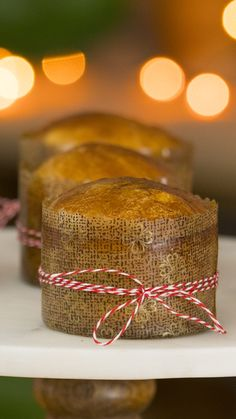Jen makes mini versions of this classic Italian treat that makes all fruitcakes jealous. Italian Christmas, Christmas Baking, Christmas Cakes, Christmas Drinks, Christmas Christmas, Panettone Rezept, Candied Orange Peel, Rainbow Food, Italian Cookies