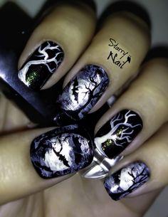 Scary Bats and Full Moon Halloween Nail Art TUTORIAL #nail #nails #nailart #nailpolish #naildesign #nailtutorial #nailarttutorial #tutorial #art #scary #halloween #halloweennails #bats #moon