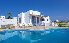 Holiday villa rental in Chania. PRVT Pool Villa with panoramic sea view. The property is a cosy villa situated in the majestic are. Crete Holiday, Rent A Villa, Villa With Private Pool, Vacation Villas, Best Vacations, Rental Apartments, Ideal Home, Swimming Pools, Condo
