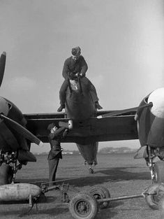 Photos of the World War 2 British twin engined fighter the Westland Whirlwind. Prototype, RAF in service and company development photos Air Force Aircraft, Navy Aircraft, Ww2 Aircraft, Military Aircraft, Westland Whirlwind, Ww2 History, Ww2 Planes, Vintage Air, Royal Air Force