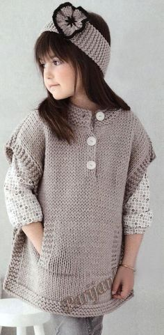 Knitting poncho for kids baby sweaters 29 ideas Knitting For Kids, Baby Knitting Patterns, Crochet For Kids, Free Knitting, Knitting Ideas, Knitting Needles, Crochet Ideas, Crochet Baby Poncho, Knitted Poncho