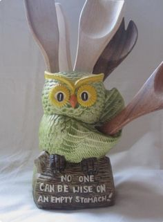 Retro Wise Old Owl Kitchen Utensil Canister by gremlina on Etsy Owl Kitchen Decor, Owl Home Decor, Owls Decor, Owl Decorations, Kitsch, Owl Always Love You, Owl Crafts, Wise Owl, Owl Bird