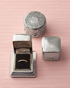 Love this idea-- vintage ring boxes