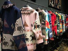 """12.8 mil Me gusta, 113 comentarios - Vogue Paris (@vogueparis) en Instagram: """"Alanui's handmade 100% cashmere cardigans @alanui_ @nicolo_oddi #alanui #MFW"""""""