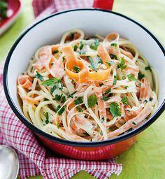 Möhren-Spaghetti mit Frühlingskräuter-Soße