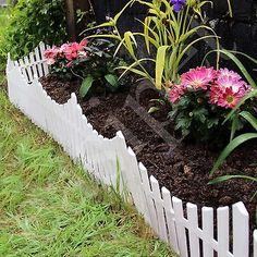This Offer Is For A Set Of Interlocking White Plastic Garden Fencing Which  Cover A Total Length Of Metres.