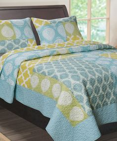 Laura Ashley Ruffled Garden Quilt By Laura Ashley Gardens Laura Ashley Quilts And Shopping