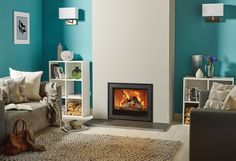 Offering further flexibility, the Stovax Elise Edge+ wood burning and multi-fuel inset fire continues the minimalist styling of the original Edge design bu