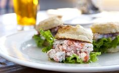 Roberts Maine Grill lobster sliders