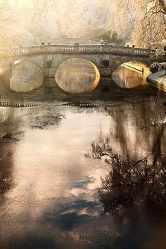 Clare College Bridge - Cambridge University, Cambridge, England by James Appleton Places Around The World, The Places Youll Go, Places To Go, Around The Worlds, Beautiful World, Beautiful Places, Beautiful Pictures, Cambridge England, Light Photography
