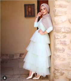 Hijab soiree outfits for women - Hijab soiree outfits for women – Just Trendy Girls Source by babyteff - Hijab Prom Dress, Hijab Evening Dress, Hijab Wedding Dresses, Modest Dresses, Simple Dresses, Beautiful Dresses, Evening Dresses, Dress Wedding, Wedding Bride