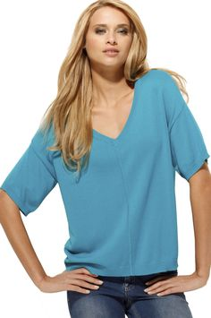 Loose fit sweater in pretty turquoise