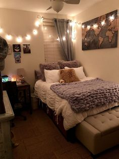 43 Awesome College Bedroom Decor Ideas And Remodel ⋆ Room Ideas Bedroom, Small Room Bedroom, Girls Bedroom, Bedroom Ideas For Teen Girls Small, Bedroom Inspo, Bedroom Wall, Diy Room Ideas, Bedroom Ideas For Small Rooms Cozy, Bedroom Apartment