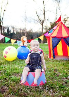 http://www.kimberlykylephotography.com/wp-content/uploads/2012/01/Blog-Jake-circus-005.jpg