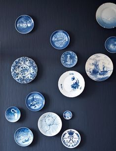 ceramic plates/Danmark---- like the plates my Mormor has in her house love them