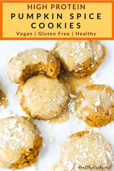 Ive never loved an idea more than this healthy dessert recipe for high protein pumpkin spice cookies Theyre light and fluffy and topped with a creamy vegan cream cheese f. Healthy Vegan Desserts, Healthy Pumpkin, Healthy Cookies, Delicious Cookies, Vegan Food, Dessert Healthy, Protein Cookies, Eating Healthy, Healthy Eats