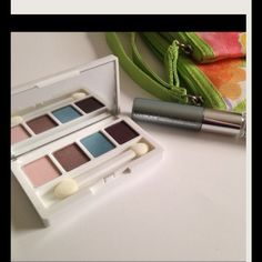 """Clinique 2pc Make Up Set New, never used. Eyeshadow quad, lip color and ...............""""........................................................................cosmetic bags ARE NOT AVAILABLE Clinique Makeup Eyeliner"""