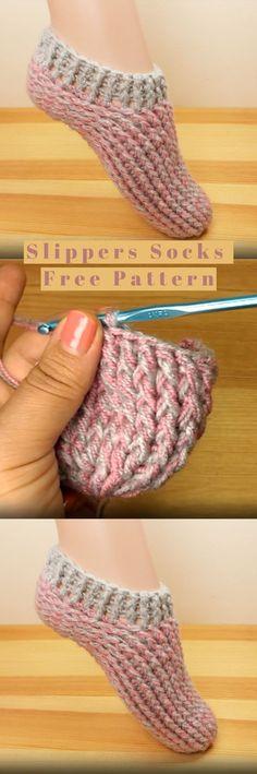 How to crochet slipper socks - DIY with yarn - knitting, crochet, embroidery - . How to crochet slipper socks - DIY with yarn - knitting, crochet, embroidery - # crochets STEP-. Crochet World, Crochet Boots, Knit Or Crochet, Crochet Crafts, Crochet Projects, Slippers Crochet, Crochet Granny, Learn Crochet, Crochet Beanie