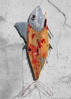 'Pesci fuor d'Acqua' – Solo Exhibition on Behance - Wiltones Assemblage Kunst, Junk Art, Fish Design, Fish Art, Recycled Art, Diy Projects To Try, Sculpture Art, Wood Crafts, Insects