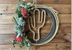 Western Wreaths, Western Decorations, Western Kitchen Decor, Western Wall Decor, Rope Crafts, Diy Crafts, Cow Skull Decor, Westerns, Diy Wreath