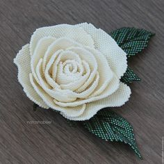 Купить Брошь цветок из бисера Кремовая Роза (0416) - роза, брошь с цветами, брошь цветок