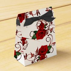 Red Roses Pattern Favor Box