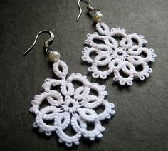Tatted EarringsWhite Pearl Flower Lace by spritzyfitzy on Etsy, $15.00