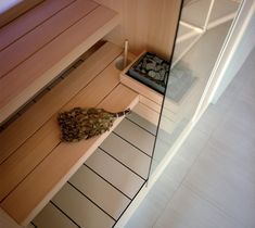 Effegibi has been making Finnish saunas for over 25 years, constantly striving to improve the design of our products and the top quality materials and technology design that go into them Indoor Sauna, Sauna Design, Finnish Sauna, Modern House Facades, Spa Interior, Bathroom Showrooms, Sauna Room, Wellness Spa, Technology Design