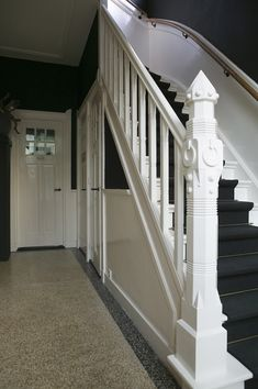 Gorgeous newel post, charcoal rug on stairs Entry Hallway, Entrance Hall, 1930s House, House Stairs, Home And Deco, Home Living, Cottage Chic, Terrazzo, Stairways