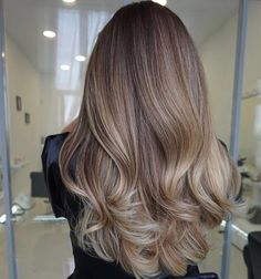 15 Ideas Hair Color Blonde Balayage Beige For 2019 - Hair Style Fow Woman Balayage Ombré, Balayage Hair Blonde, Ombre Hair, Balayage Color, Thick Blonde Hair, Balayage Hairstyle, Balayage Highlights, Brown Hair With Highlights, Brown Hair Colors