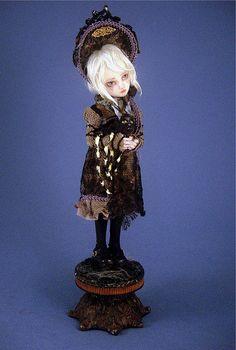 Lizbeth by Joanna Thomas Art Dolls, via Flickr
