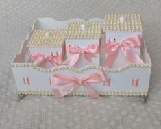 Tot Trays, Kit Bebe, Painting On Wood, Toy Chest, Baby Bedroom, Kids Room, Alice, Shabby Chic, Diy