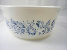 Vintage Pyrex Colonial Mist French Daisies Floral Daisies 474 B ourvintagehour  #Pyrex