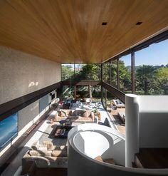Residência Limantos / Fernanda Marques Arquitetos Associados @fmaa @fgsg #living #window #view #stairs #wall #lighting