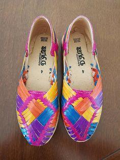 Sandal huarache leather casual Flat shoe Close Toe Bronze//multicolor Mexico Vtg