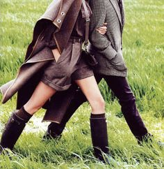 Perfect outfits for a ramble across the English countryside